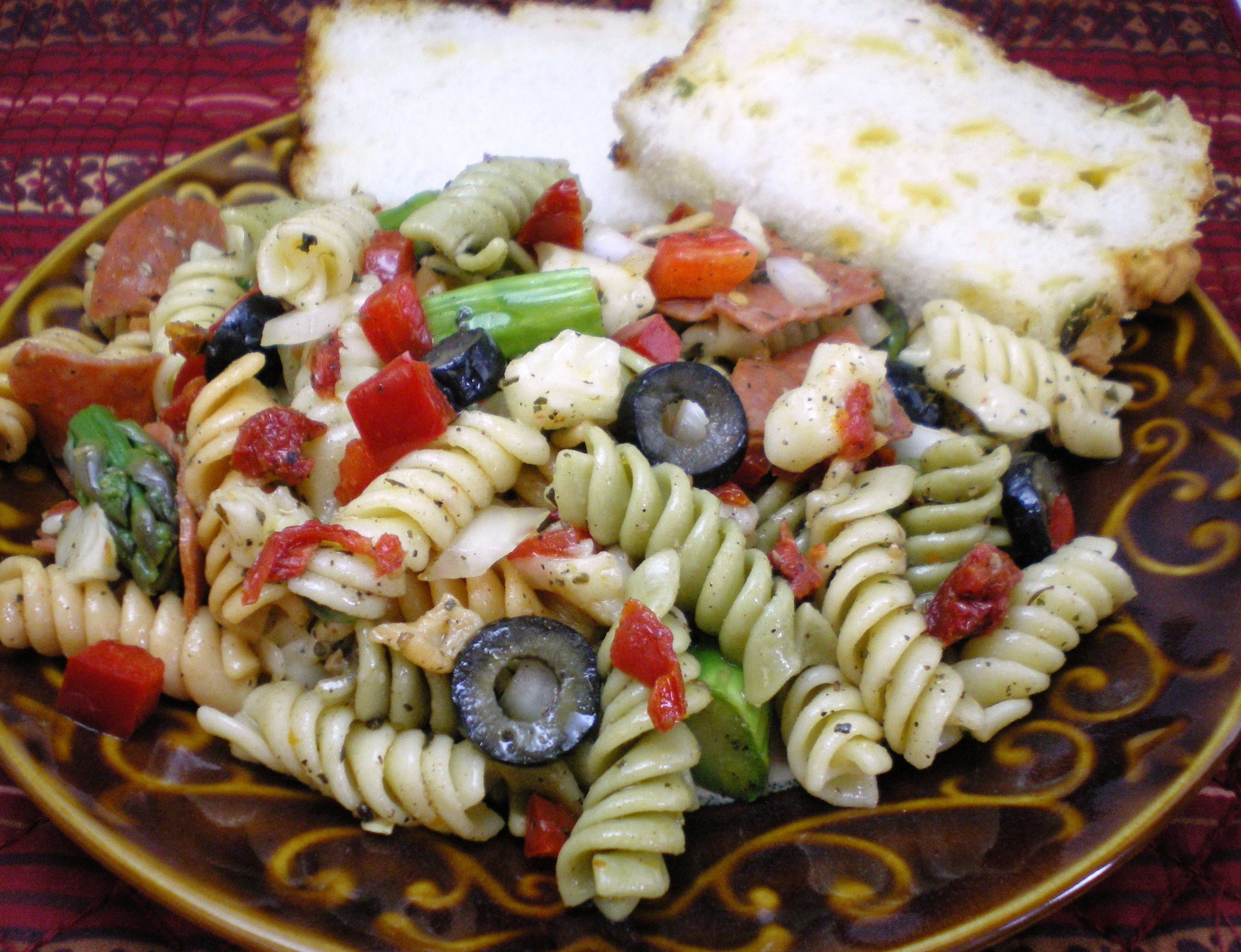 Sun Dried Tomato Pasta Salad « Great Lakes International Trading, Inc ...